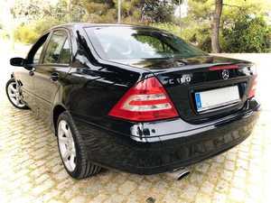 Mercedes Clase C 180K Sport Edition. Super cuidado. Impecable!!!   - Foto 3