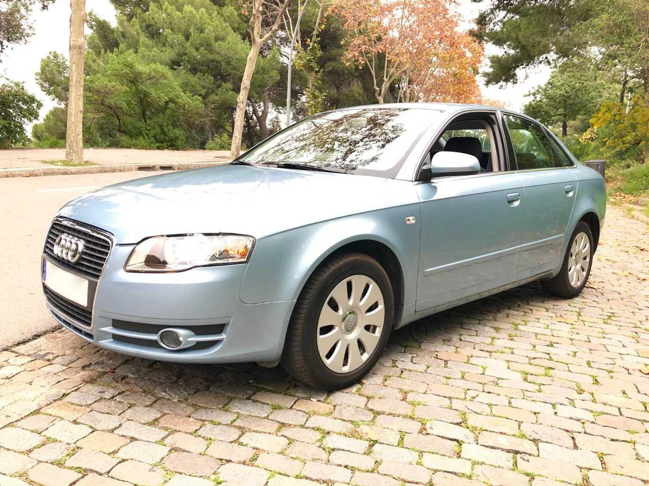 Audi A4 2.0 136CV   - Foto 1