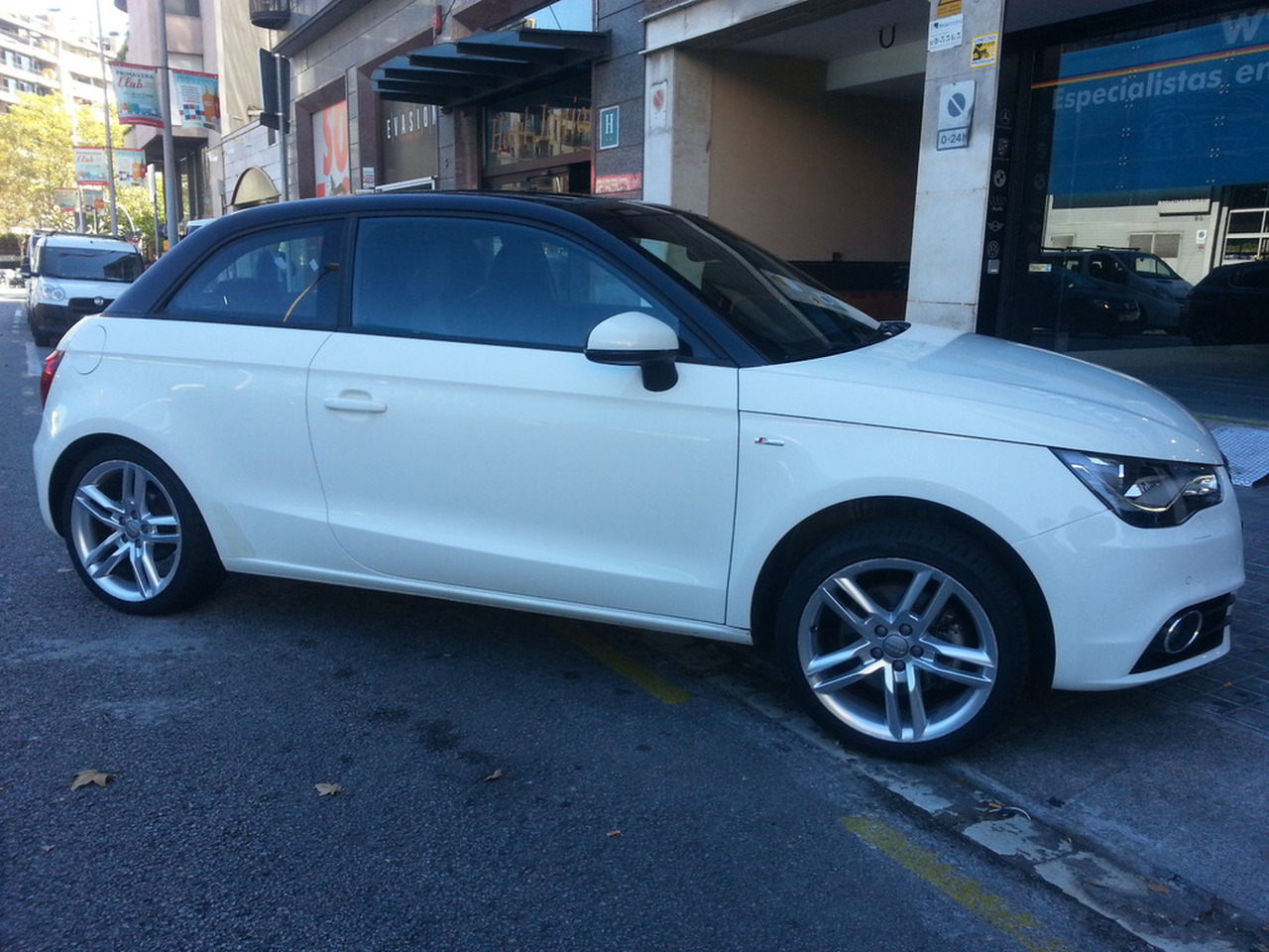 Audi A1 2.0 TDi S Line   - Foto 1