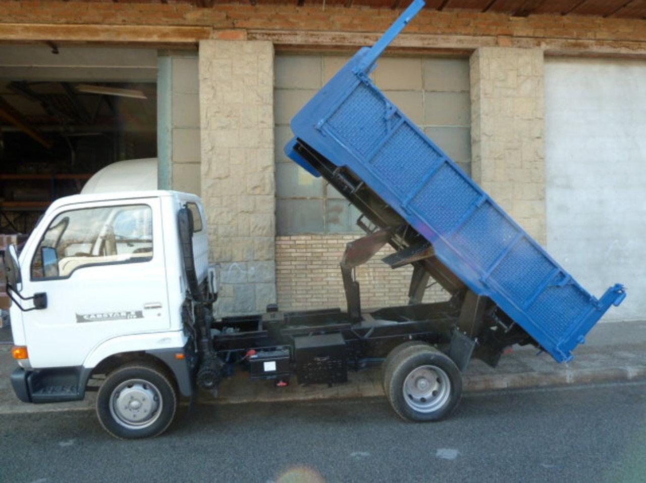 Nissan Cabstar VOLQUETE BASCULANTE/MEIDAS VOLQUETE UTILES:LARGO2,90m x ancho-1,79m. x barandas 50cm. disponible tam   - Foto 1