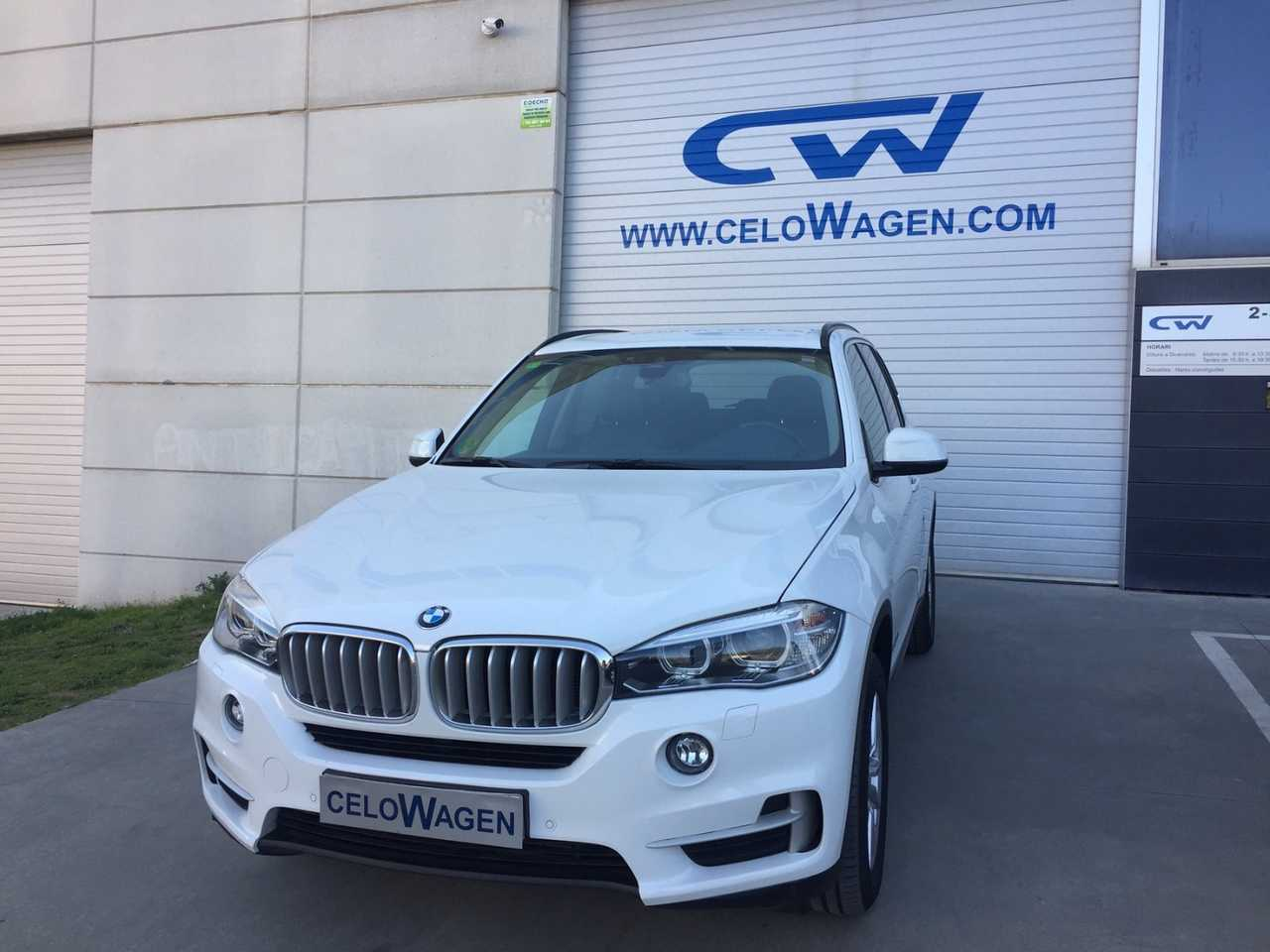 BMW X5 xDRIVE40d   - Foto 1