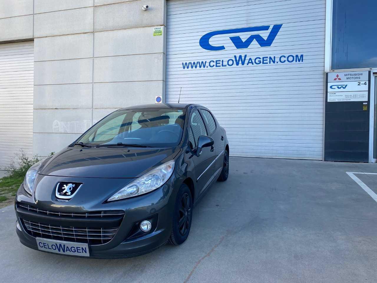 Peugeot 207 ACTIVE 1.4 HDI 70 FAP 5p.   - Foto 1