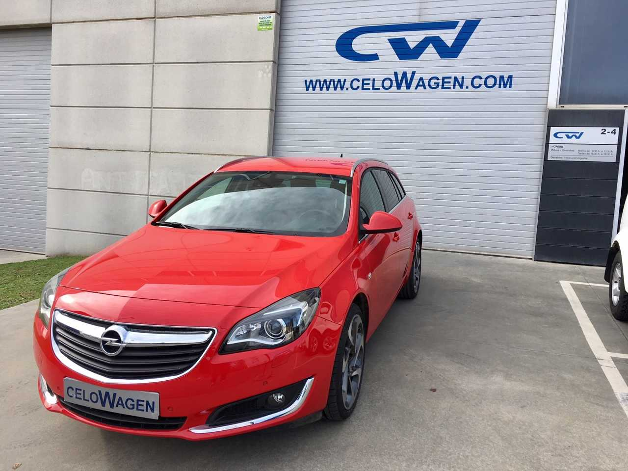 Opel Insignia Sports Tourer ST 2.0T   - Foto 1