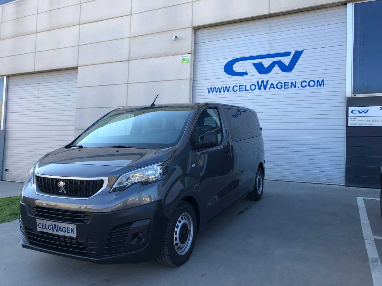 Peugeot Expert Combi 1.6 BlueHDi 88KW 120CV Standard   - Foto 1