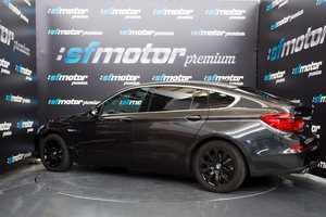 BMW Serie 5 Gran Turismo 520d GT   - Foto 2