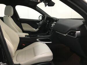 Jaguar F-Pace 2.0D 132KW PRESTIGE 4WD AUTO 180 5P  - Foto 3