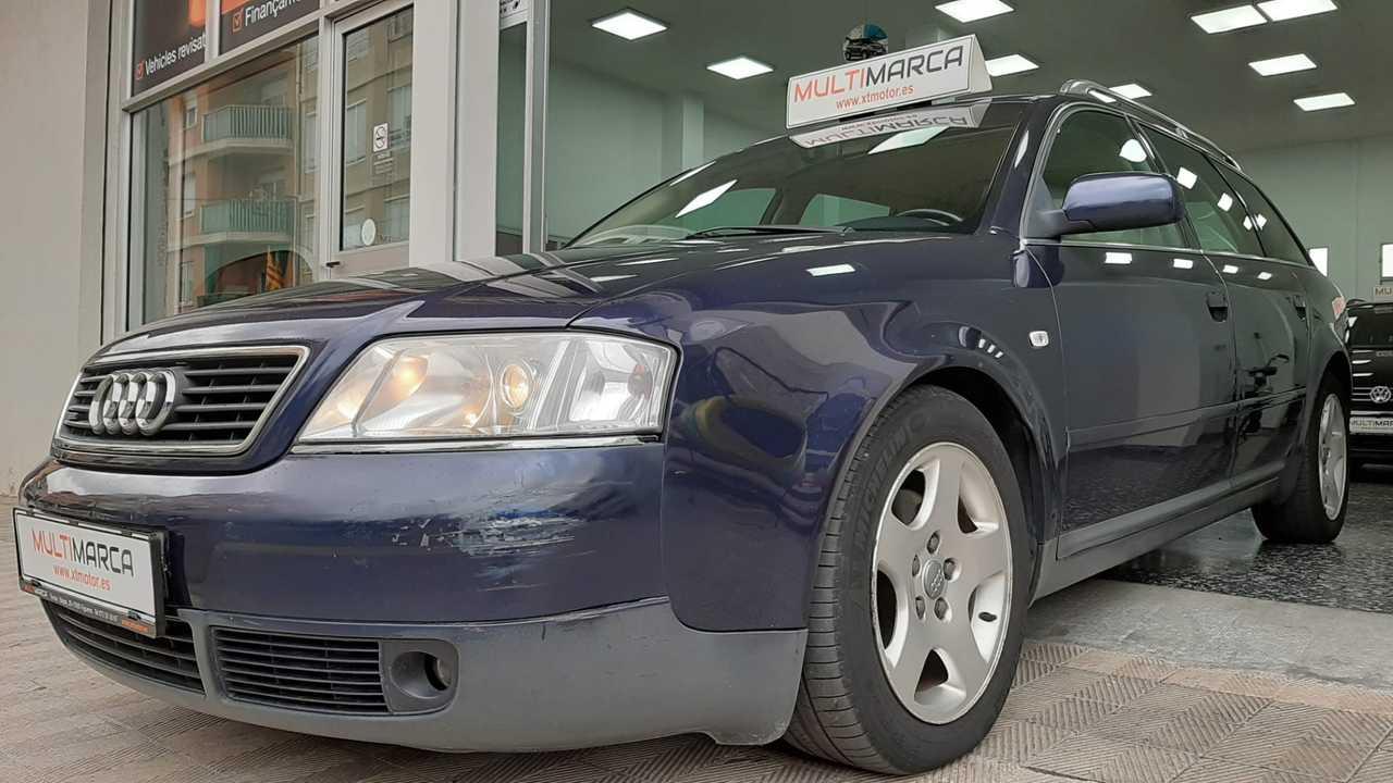 Audi A6 Avant QUATTRO 2.8i   - Foto 1
