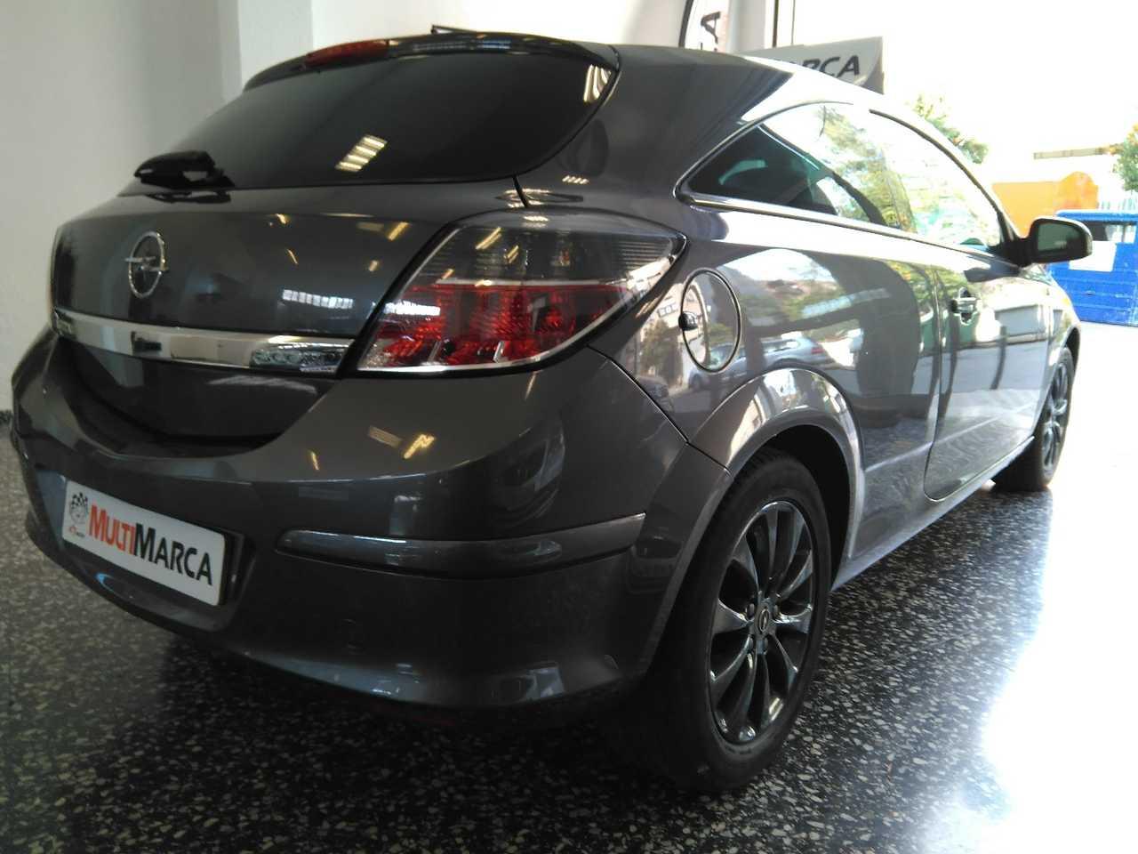 Opel Astra GTC 1.7 CDTI ECOFLEX   - Foto 1
