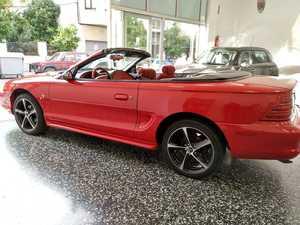 Ford Mustang Cabrio 3.8 V6 Auto   - Foto 2