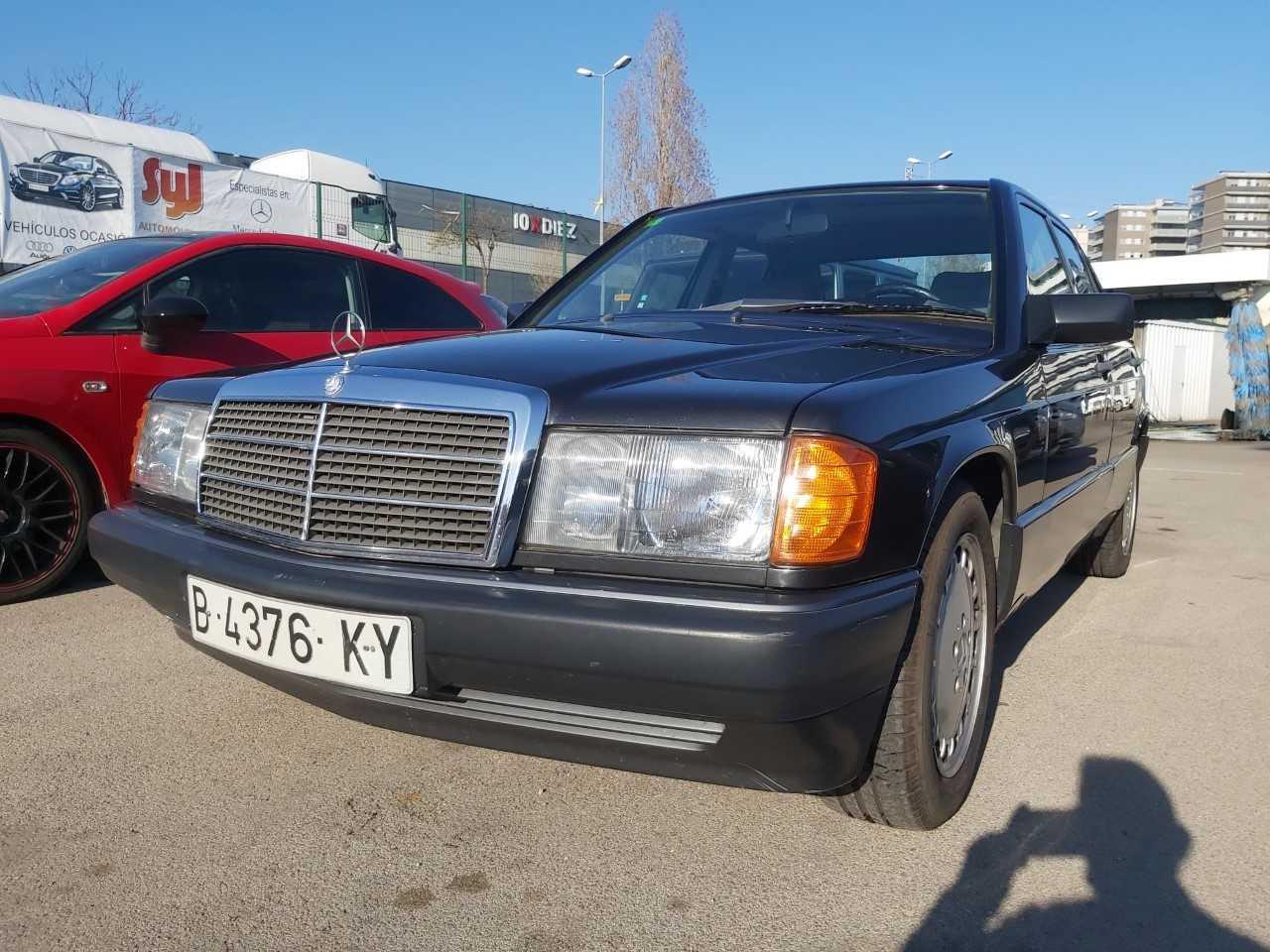 Mercedes 180  es un 190E DE COLECCIÓN   - Foto 1