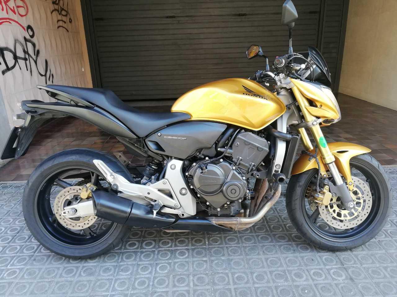 Honda Hornet CBF 600 N  - Foto 1