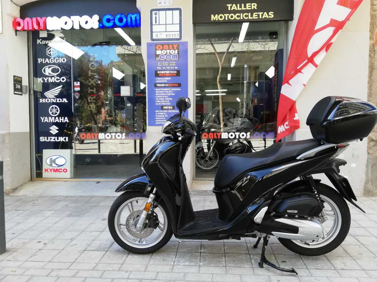 Honda SH 125i TOP BOX ABS  - Foto 1