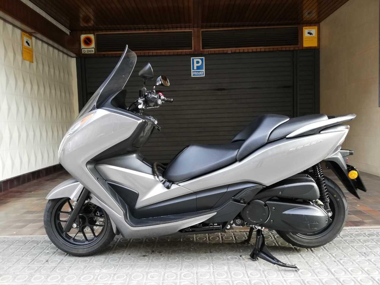 Honda Forza 300 ABS  - Foto 1
