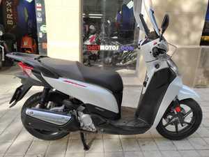 Honda SH 300i SPORT  - Foto 3