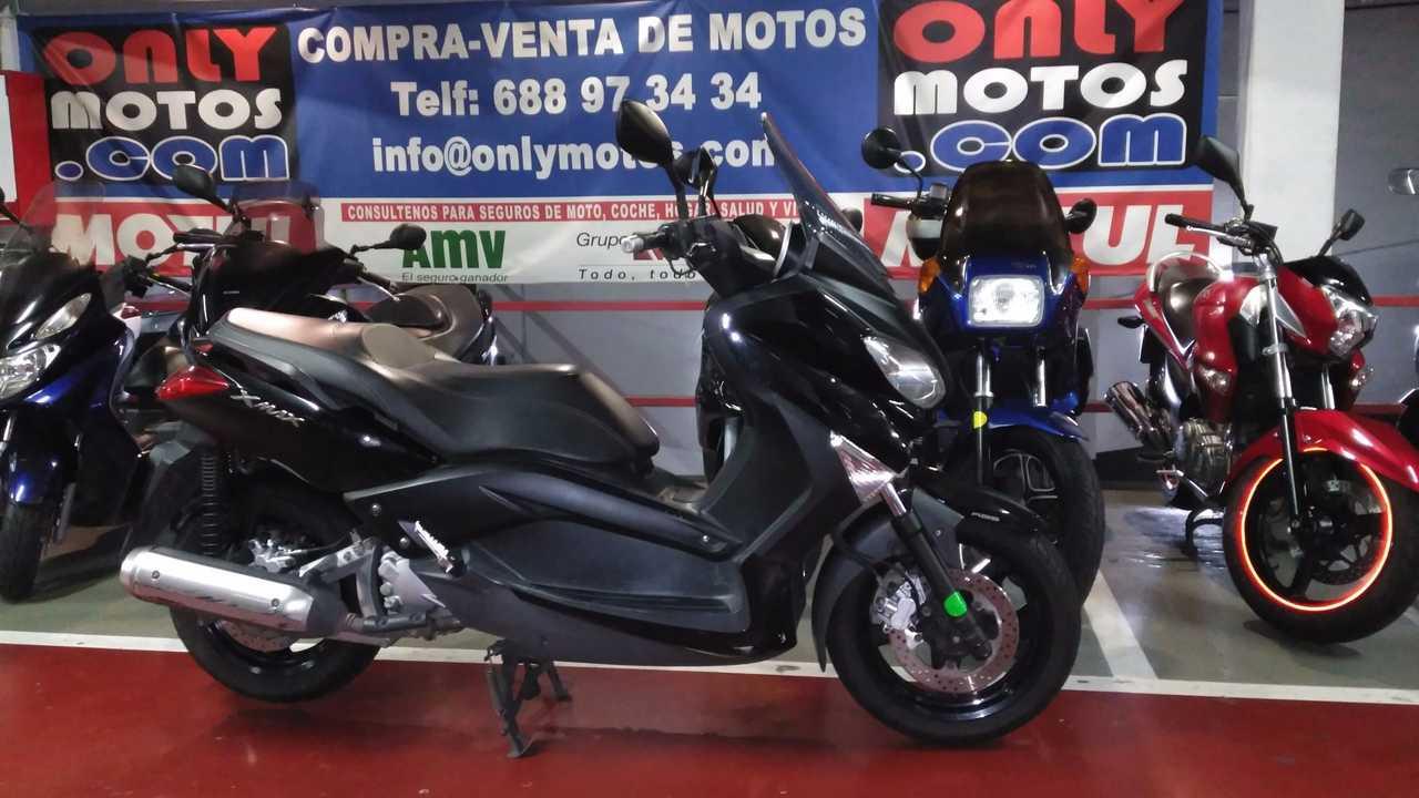 Yamaha X-Max 250 ABS   - Foto 1