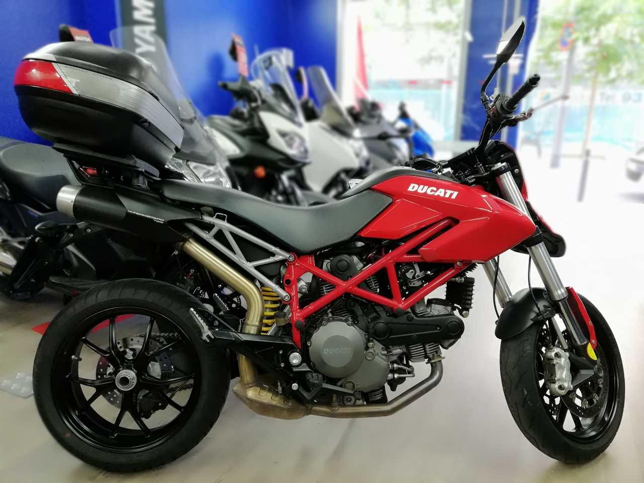 Ducati Hypermotard 796   - Foto 1