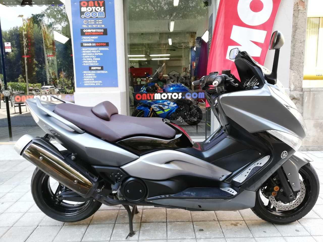 Yamaha TMAX 500 ABS GRIS MATE  - Foto 1