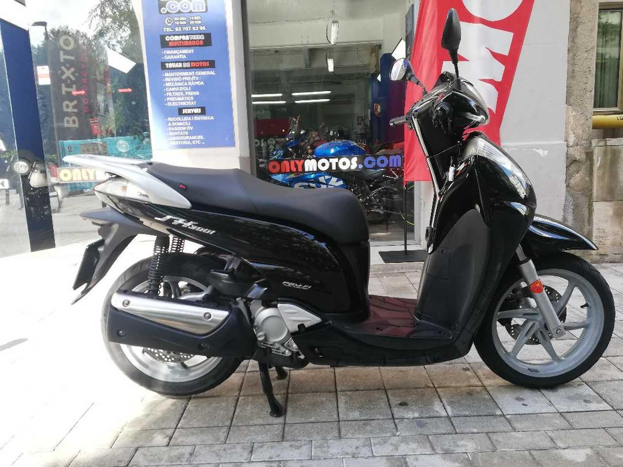 Honda SH 300i   - Foto 1