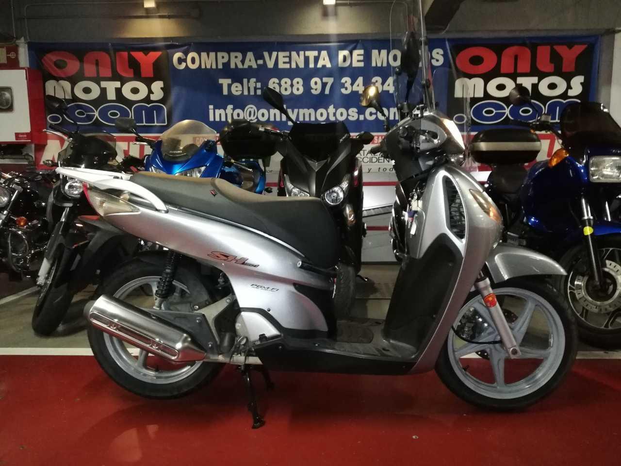 Honda SH 150 i  - Foto 1