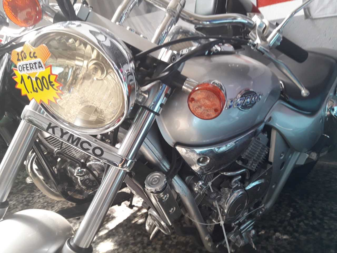 Kymco Venox 250   - Foto 1