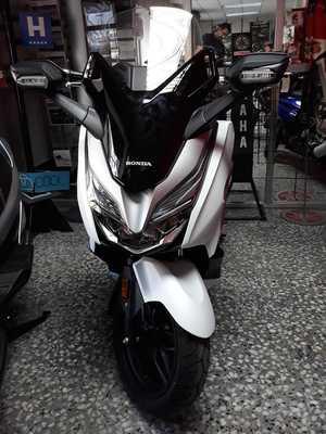 Honda Forza 300 ABS  2018  - Foto 2