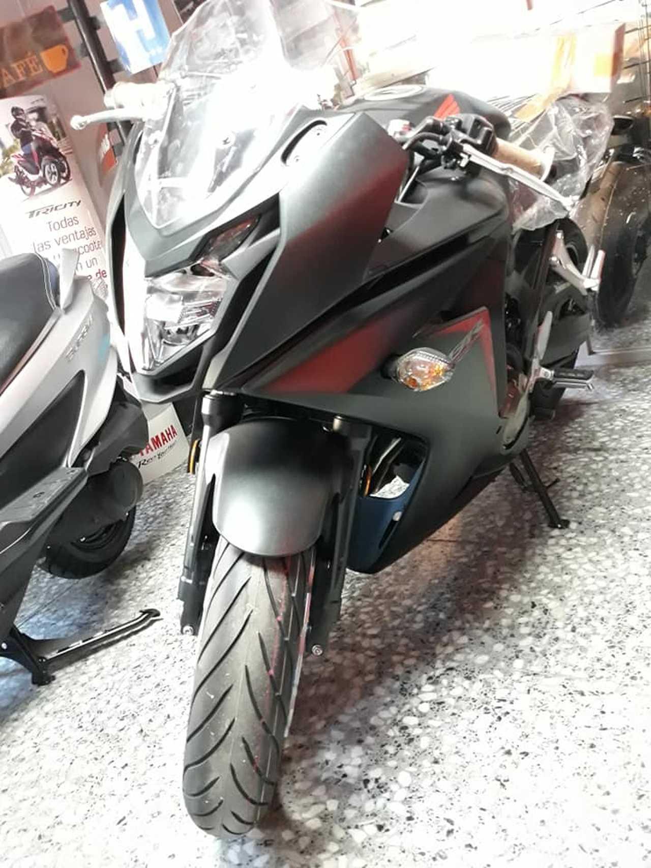 Honda CBR 600 F ABS  - Foto 1