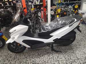 Kymco Grand Dink 300 ABS  - Foto 2