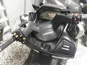 Suzuki Burgman 650 EXCLUSIVE  - Foto 11