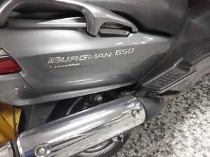 Suzuki Burgman 650 EXCLUSIVE  - Foto 4