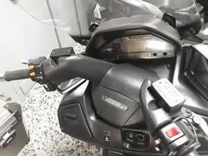 Suzuki Burgman 650 EXCLUSIVE  - Foto 12