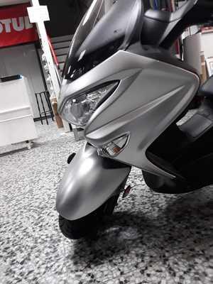 Suzuki Burgman 125 abs 2018  - Foto 7