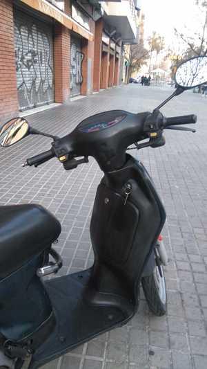 Honda SH 100   - Foto 2