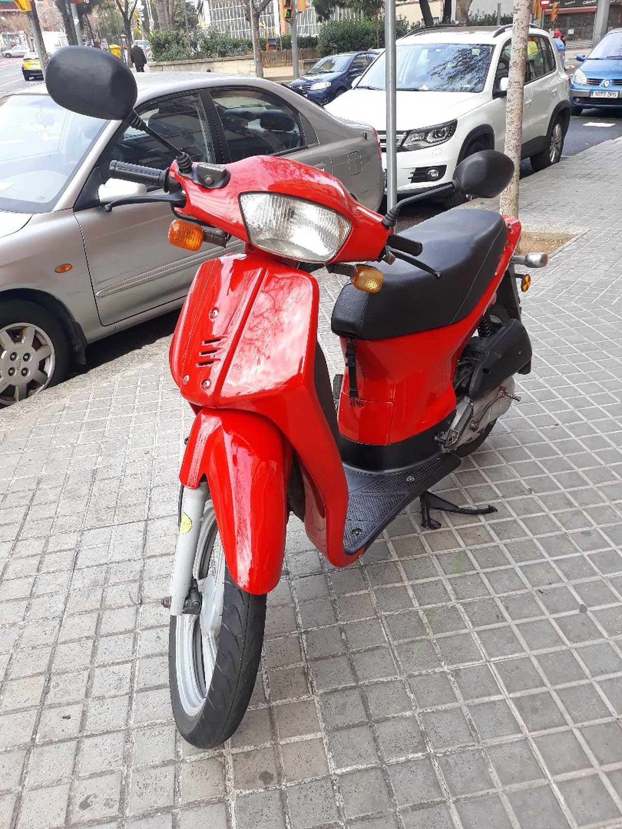 Honda SH 50 cc  - Foto 1