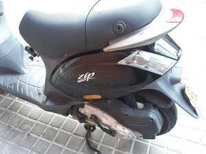 Piaggio Zip 50 4T  - Foto 2
