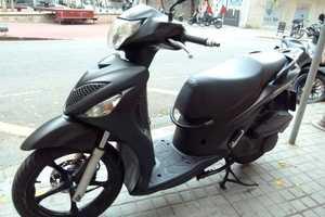 Suzuki Sixteen 150   - Foto 3