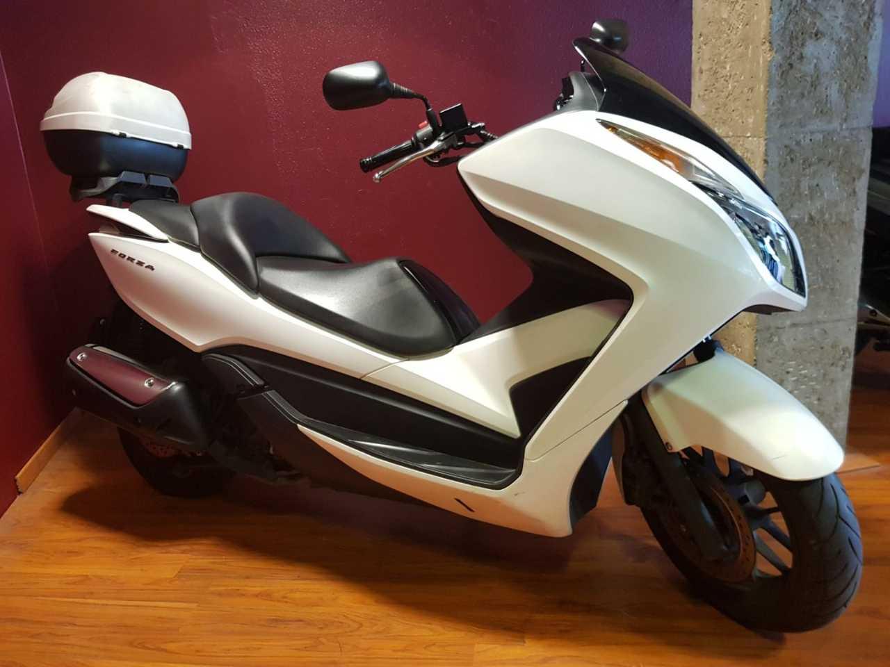 Honda Forza 300   - Foto 1