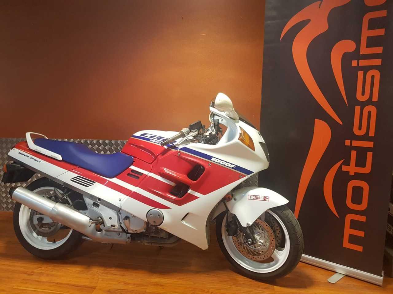 Honda CBR 1000 F  - Foto 1