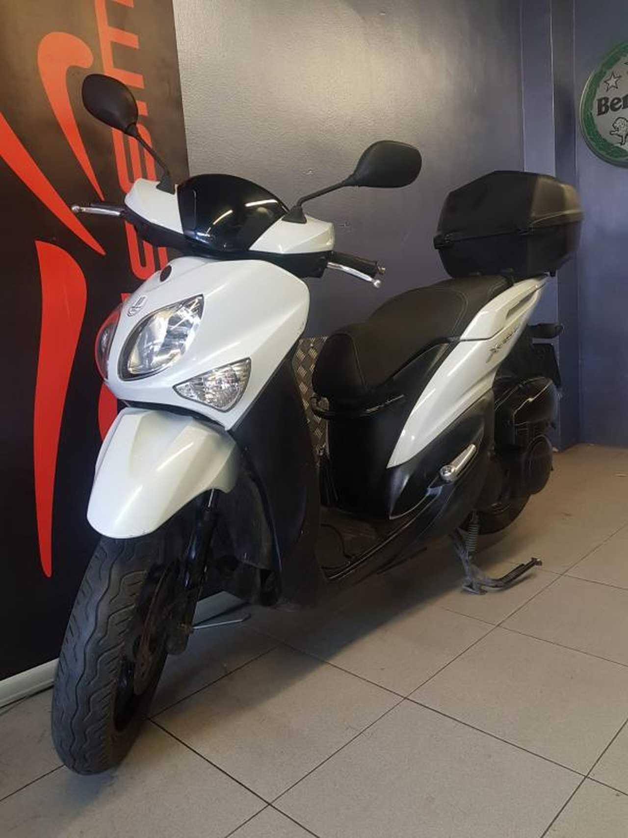 Yamaha Xenter 125   - Foto 1