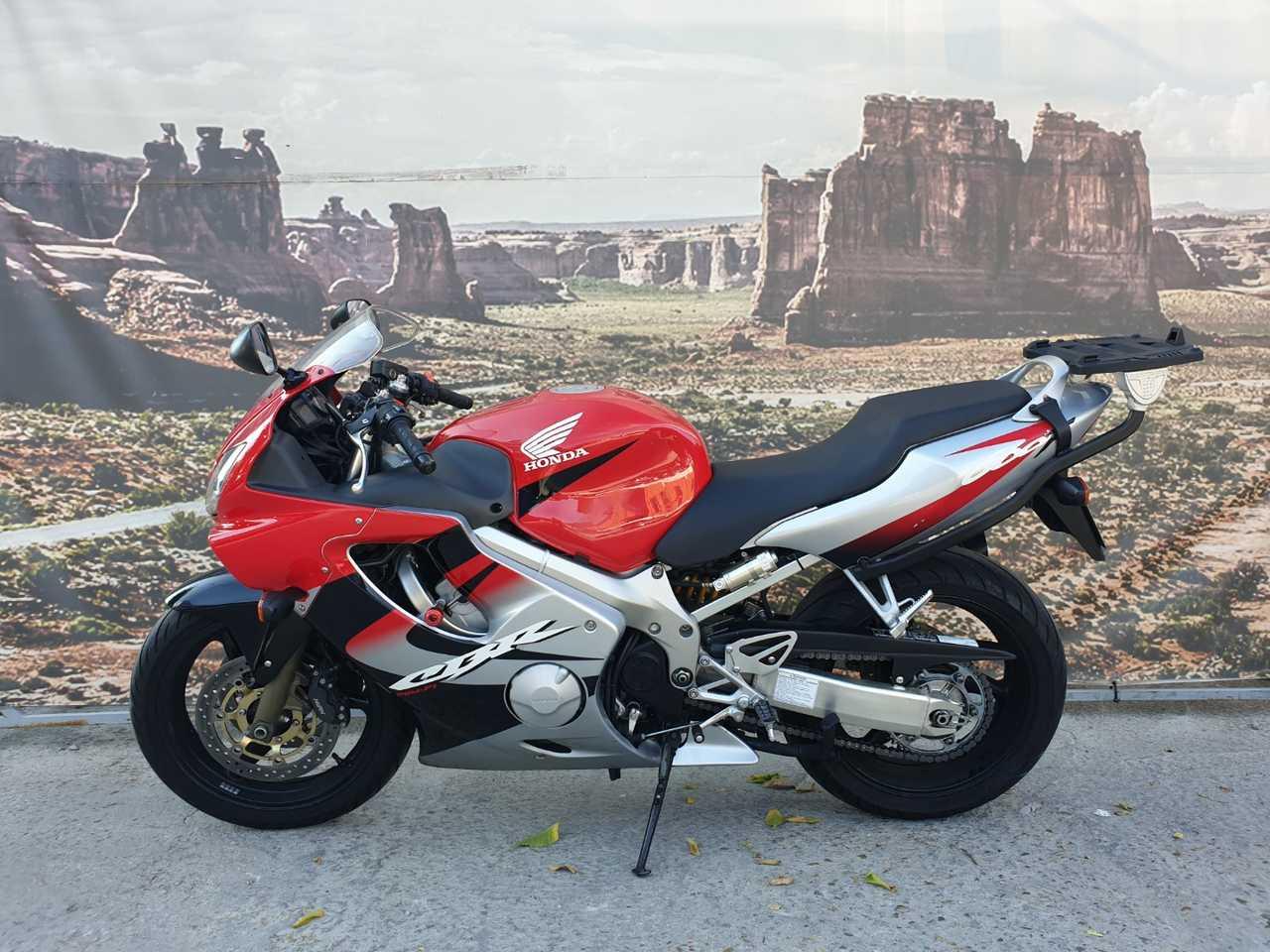 Honda CBR 600 F  - Foto 1