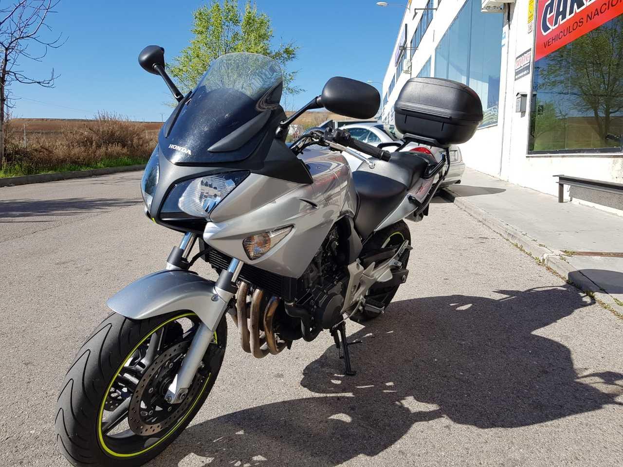 Honda CBF 600 S  - Foto 1
