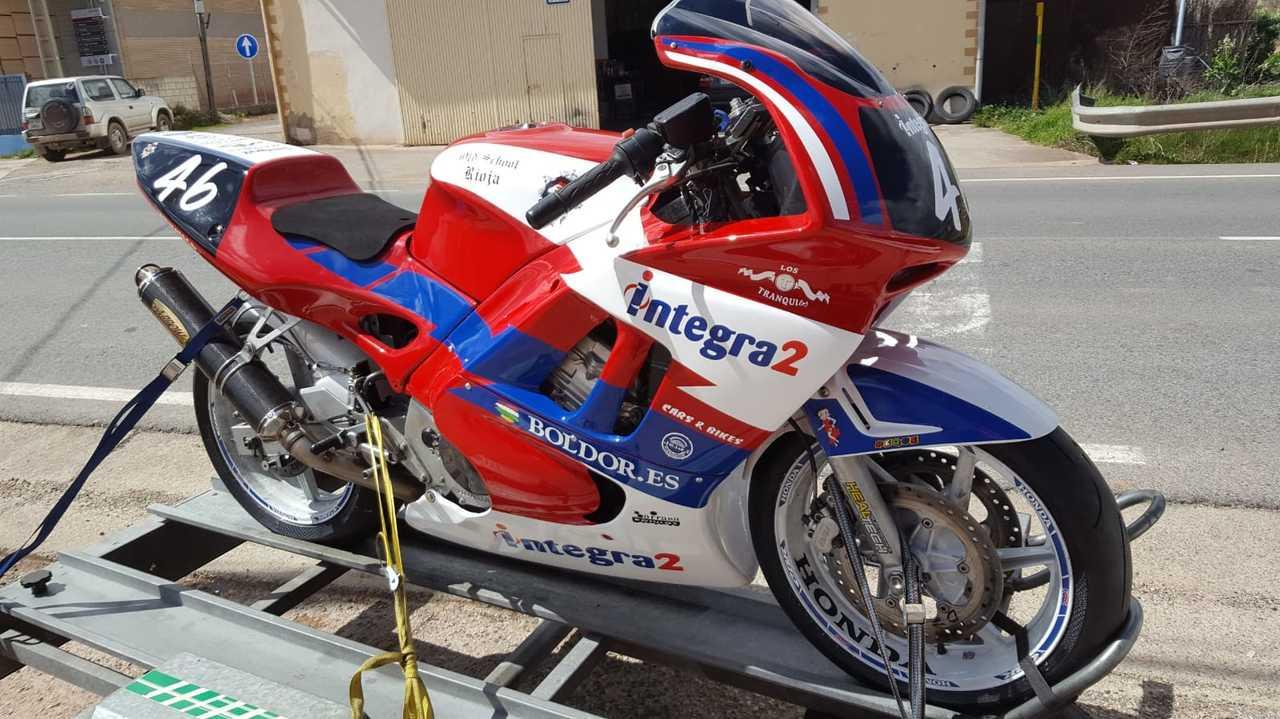 Honda CBR 600 F2  - Foto 1