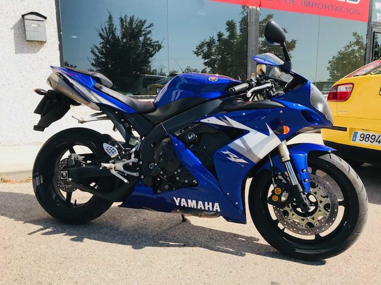 Yamaha YZF-R1M   - Foto 1