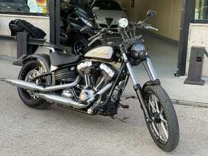 Harley-Davidson Softail  Rocker C  - Foto 2