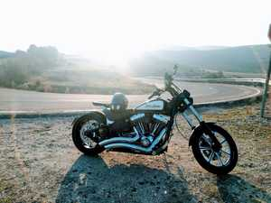 Harley-Davidson Softail  Rocker C  - Foto 13