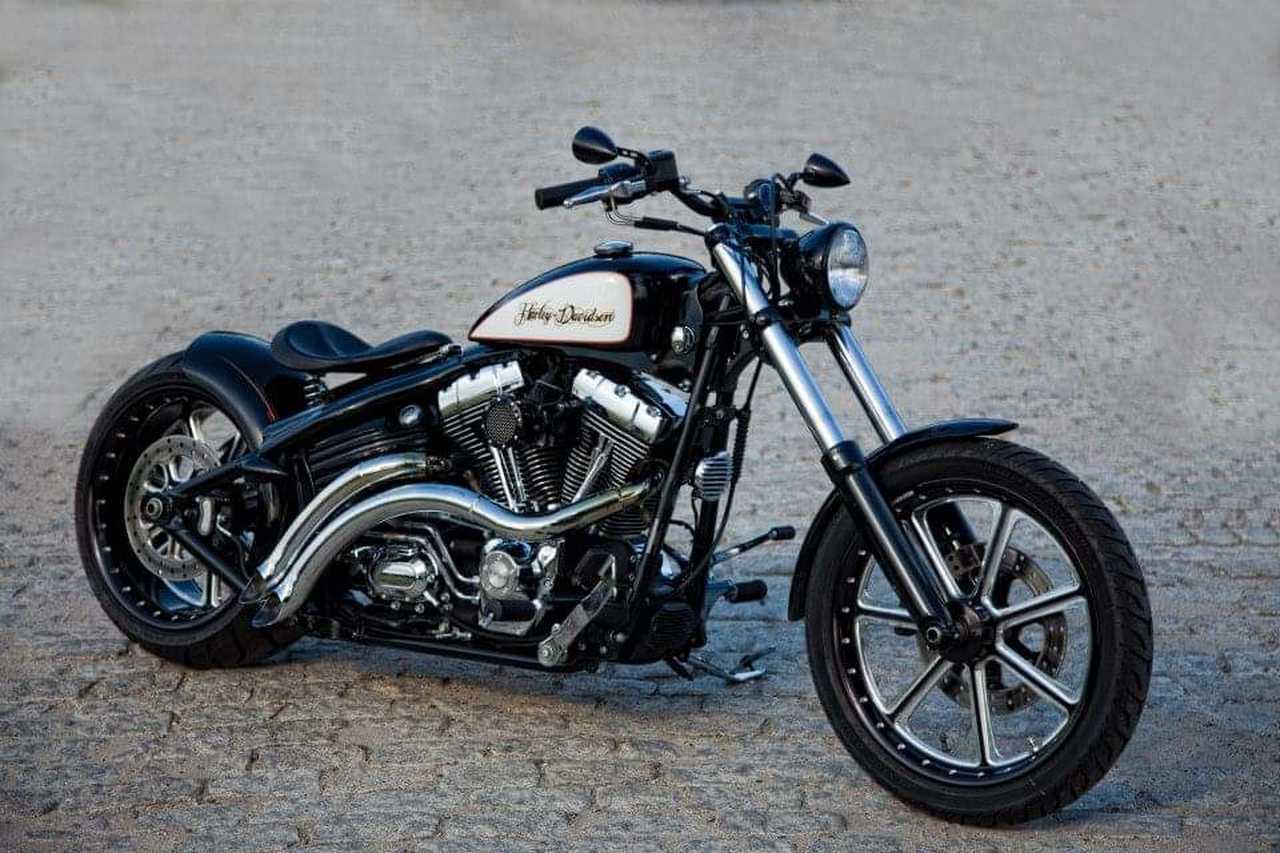 Harley-Davidson Softail  Rocker C  - Foto 1