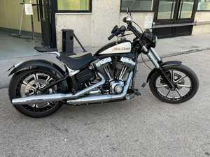 Harley-Davidson Softail  Rocker C  - Foto 26