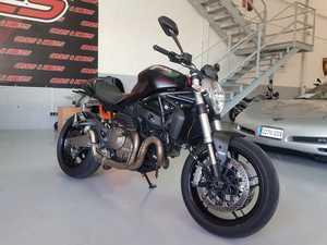 Ducati Monster 821 DARK  - Foto 12