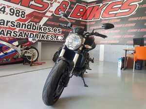 Ducati Monster 821 DARK  - Foto 10