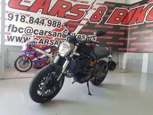 Ducati Monster 821 DARK  - Foto 2